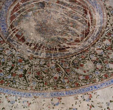 Стены в хаммаме цитадели Герат