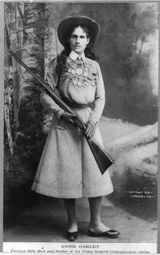 Энни в 1889
