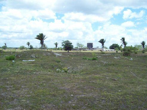 Холмы, которые, вероятно, являются археологическими объектами