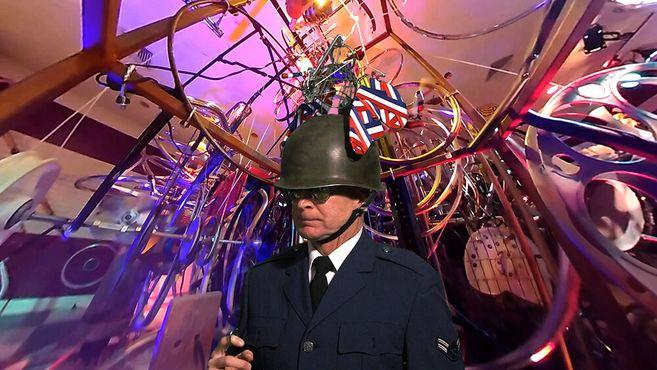 Майор Метаморфозис. Экскурсия виртуальной реальности в Музее кинетического искусства