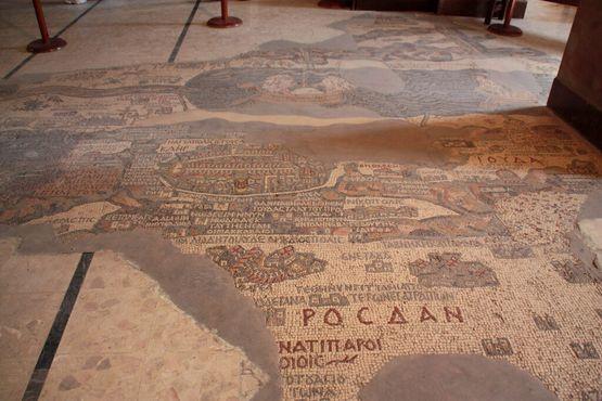 Мадабская карта-мозаика