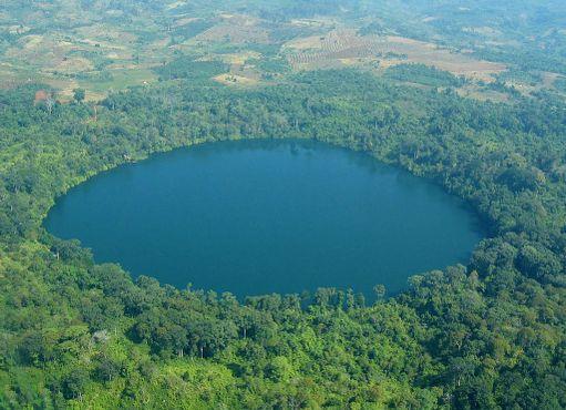 Вид на озеро Йеаклаом с высоты птичьего полёта