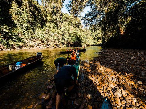 Сплав по реке с гидами из экодеревни Сумбилинг