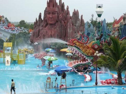 Плавательная лагуна в парке Суойтиен