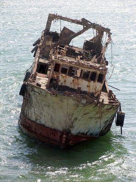 Кладбище кораблей в заливе Нуадибу
