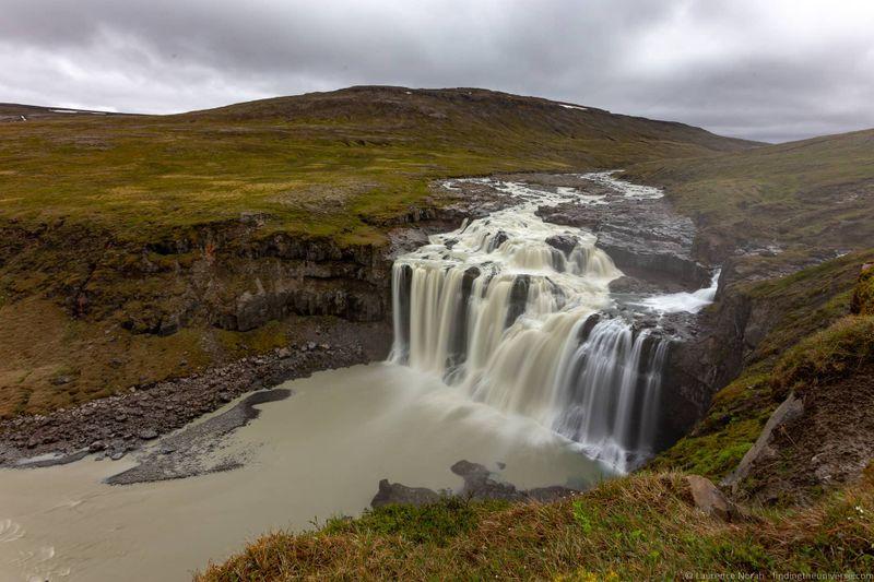 водопады Исландии 25 лучших водопадов Исландии aHR0cHM6Ly93d3cuZmluZGluZ3RoZXVuaXZlcnNlLmNvbS93cC1jb250ZW50L3VwbG9hZHMvMjAxOC8wOC9GYXhpLXdhdGVyZmFsbC1pY2VsYW5kX2J5X0xhdXJlbmNlLU5vcmFoLmpwZw