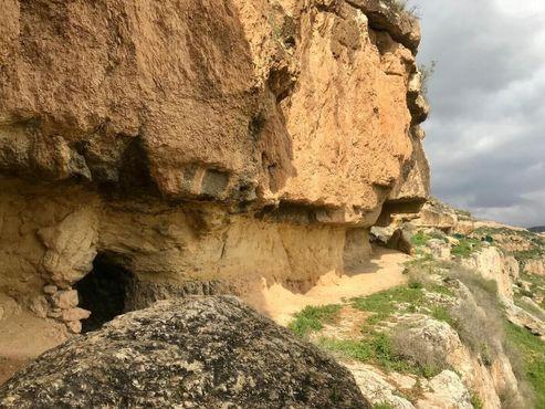 Вход в одну из пещер