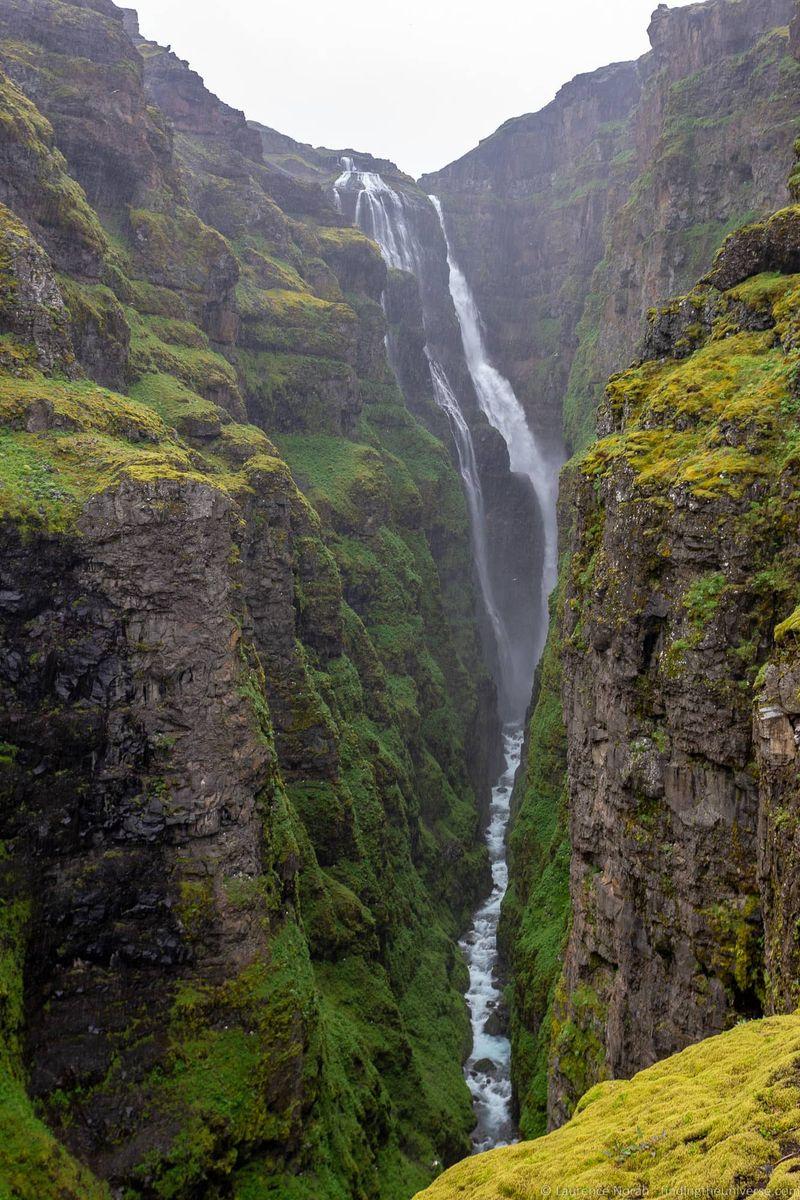 водопады Исландии 25 лучших водопадов Исландии aHR0cHM6Ly93d3cuZmluZGluZ3RoZXVuaXZlcnNlLmNvbS93cC1jb250ZW50L3VwbG9hZHMvMjAxOC8wOC9HbHltdXItd2F0ZXJmYWxsLUljZWxhbmRfYnlfTGF1cmVuY2UtTm9yYWguanBn