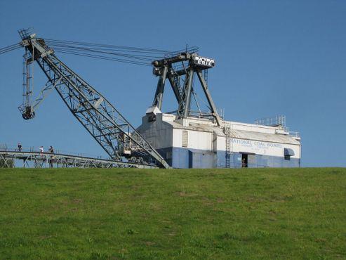 Шагающий драглайн из шахты Сент-Эйден