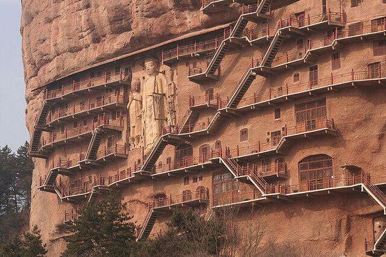 Дорожки соединяют 194 пещеры (фото пользователя Flickr под ником mke1963)