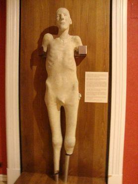 Гипсовый слепок его тела, выполненный доктором Веласко