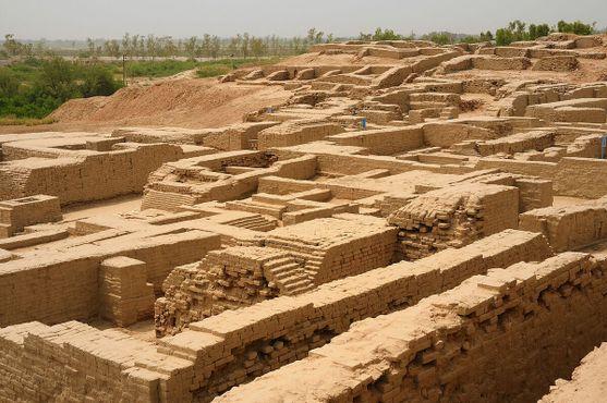 Раскопанные участки составляют лишь часть всего города