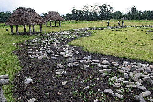 Каменные круги Ойю
