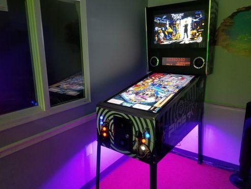 Виртуальный пинбол с более чем 1000 различными столами