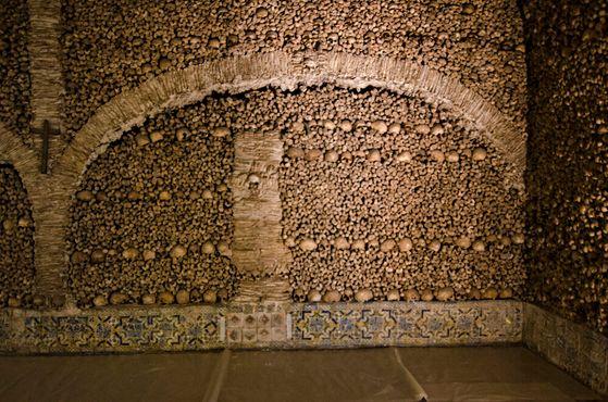 Португальская «Часовня костей»