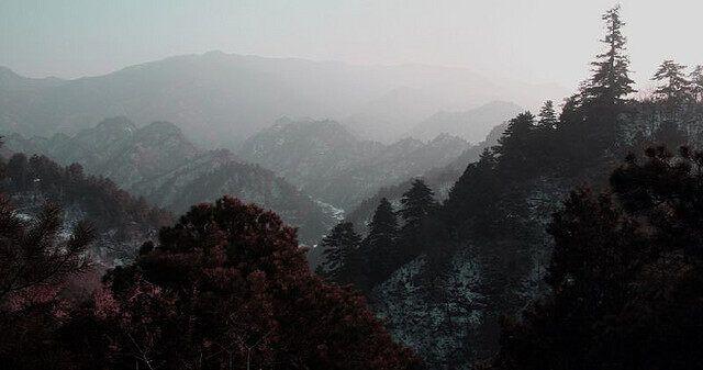 Окружающие долины в Ганьсу (фото пользователя Flickr под ником mke1963)