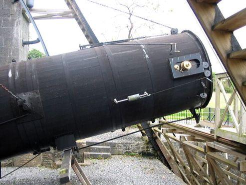 Трубка телескопа вблизи
