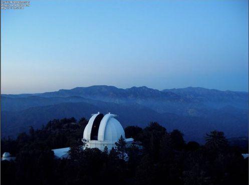 Вид на 100-дюймовый от 45-метровой Солнечной башни