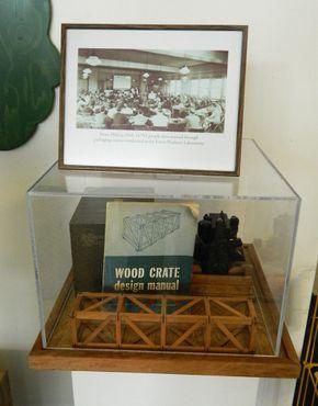 Во время Второй мировой войны одним из вкладов лаборатории была разработка и создание транспортировочной тары для военных целей.