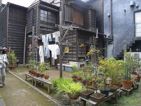 Кимоно сушатся на улице