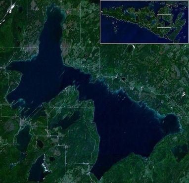 Озеро Маниту на одноимённом острове