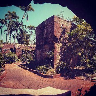 Вид на руины форта