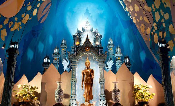Статуя Будды в музее