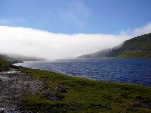 Озеро Сёрвагсватн