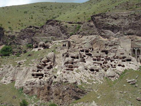 Пещерный монастырский комплекс Вардзиа