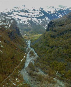 Фломская долина, вид из поезда