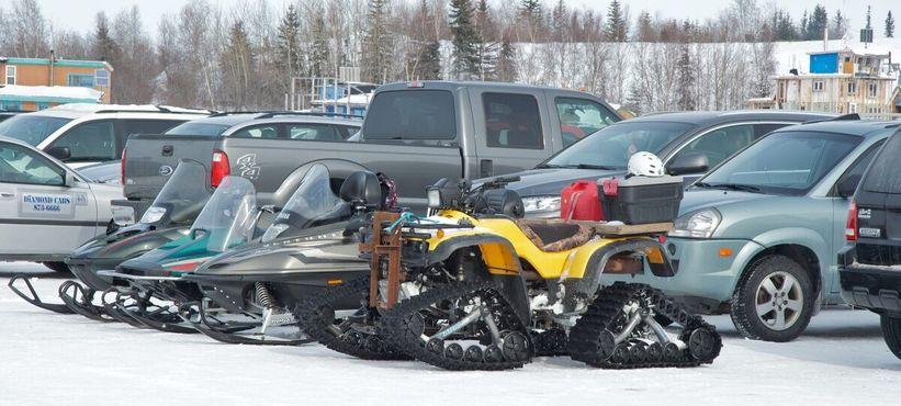 Необычные колеса. Большое Невольничье озеро, 25 марта 2012 года