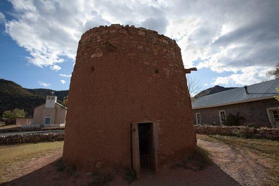 Торреон - местная достопримечательность и укрытие, используемое во время «войны»