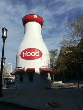 Молочная бутылкаHood